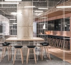 After realizing a series of the Noodle Rack concept for Longxiaobao, a casual noodle diner, Lukstudio explores the lightness of the rack design at their first S