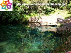 MICHOACÁN te cuenta la leyenda del río Cupatitzio, cuentan que Juan Fray de San Miguel ahuyentaba al diablo que vivía en la cueva que se encuentra en el nacimiento del manantial, al huir el demonio tropezó y cayo al suelo dejando la marca de su rodilla marcada, en ese momento empezó a emanar agua de ese lugar. HOTEL LA CASITA http://www.hotellacasita.com.mx/