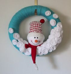 Turquoise Snowman Wreath Yarn Wreath Large 14 by TheBakersDaughter
