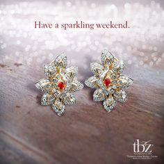 #WeddingsbyTBZ #Wedding #TBZ #Gold #Diamond #Necklace #Jewels #India #Indian #Bride #Marriage #Elegant #Beautiful #Rare #Earrings #Weekend