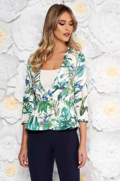 StarShinerS green elegant tented jacket with 3/4 sleeves with frilled waist slightly elastic fabric, arched cut, floral prints, 3/4 sleeves, soft fabric, one button fastening, frilled waist, slightly elastic fabric