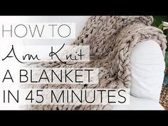 """So """"strickst"""" du dir eine Kuscheldecke in nur 45 Minuten! Goes easy with Arm-Knitting. Without needles! InStyle shows how arm knitting works. Arm Knitting Tutorial, Knitting Tutorials, Knitting Patterns, Big Knit Blanket, Chunky Blanket, Finger Knitting, Hand Knitting, Knitting Needles, Vogue Knitting"""
