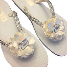 2b940a2d2182 19 Best footwear images