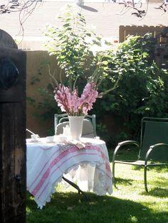 . . . Cabin & Cottage : Summer Linens