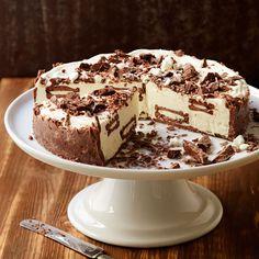 Minttua, suklaata ja marenkia - näistä syntyy viileän raikas Marianne-kakku
