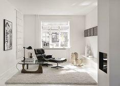 印象的な黒と白のデンマークの家