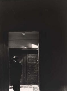 Photograph by Aaron Siskind, ca. 1936.