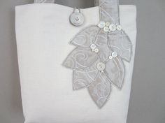 Appliqued Brides Wedding Tote Bag White by BerkshireCollections #integritytt