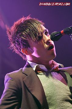17d10bb2 by fall out boy, via Flickr