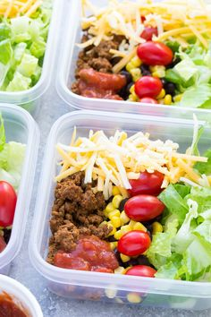 Meal Prep Taco Salad Lunch Bowls that you can make ahead! These easy taco salads are filled with taco beef, lettuce, cheese, black beans, corn and salsa!