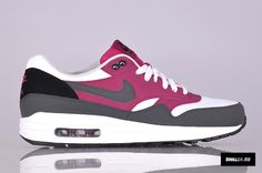 Nike Sportswear Air Max 1 Essential (537383-105)