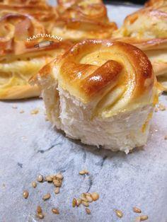 NAZARENOS Chilean Recipes, Pan Bread, Eat Dessert First, Bread Rolls, Empanadas, Doughnut, Bread Recipes, Bakery, Brunch