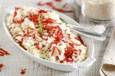 Il risotto robiola e bresaola è un primo piatto delicato che potete preparare con poche e semplici mosse per una cena tra amici o un pranzo veloce a casa.