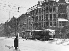 Germany, Post War Years Traffic in Berlin Scene of a tram in the 'Schloss Street' in Steglitz before bombed-out buildings in the winter - Photograph: Fritz Eschen Get premium, high resolution news photos at Getty Images Berlin 1945, The Third Reich, London, Paris, World War Two, Historical Photos, Wwii, Germany, Images