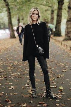 Kristin Cavallari wearing Chloe Susanna Tinsel Studded Booties and Chanel Black Patent Camera Bag Kristin Cavallari Instagram, Kristin Cavallari Hair, Star Fashion, Love Fashion, Autumn Fashion, Fashion Ideas, Fashion Inspiration, Edgy Outfits, Cute Outfits