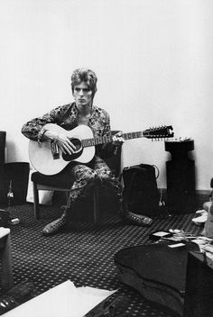 David Bowie backstage by Mick Rock (his first ever picture of Bowie), Bigmingham Town Hall, March 17, 1972