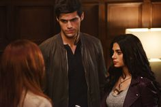 shadowhunters | See The New Opening Credits for Shadowhunters | Fangirlish