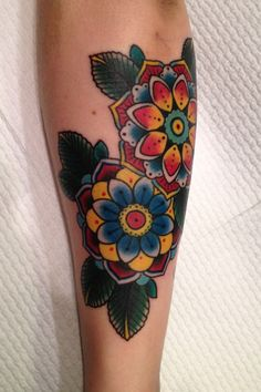Traditional flower tattoo, Zoe Dennis in Melbourne Australia