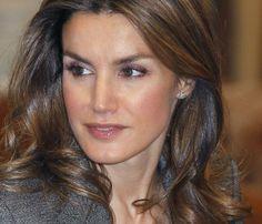 La princesa de Asturias, radiante en un acto con los jóvenes #realeza #casareal #royals #royalty