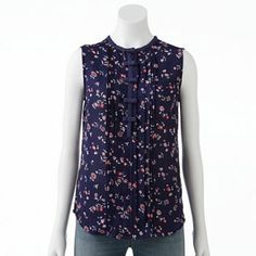 LC Lauren Conrad Floral Bow Pintuck Top: cute for church on the hot summer