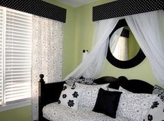 teens bedroom Turquoise an dblack zebra color ideas | Bedroom Decorating Ideas Black And White | Modern Bedroom