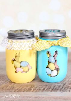 Celebrate Easter with these fun and easy easter crafts. There are craft ideas for adults and kids. From mason jar crafts to paper crafts, there are plenty of cute DIY easter decorations to choose from. Pot Mason Diy, Mason Jar Crafts, Mason Jars, Bunny Crafts, Easter Crafts For Kids, Egg Crafts, Easter Projects, Tree Crafts, Summer Crafts