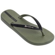 Damendianetten - New Ideas Clogs Outfit, Baby Slippers, Slipper Socks, Nike Sportswear, Ipanema Sandals, Acorn Kids, Adidas Adilette, Polka Dot Socks, Leather Slippers