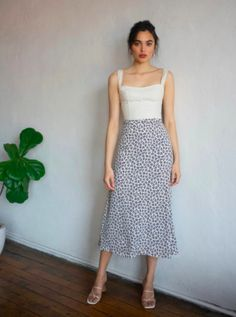 Check out the Bea Skirt from Reformation Cute Casual Outfits, Chic Outfits, Summer Outfits, Fashion Outfits, Girly Outfits, Fasion, Fashion Fashion, Trendy Fashion, Long Skirt Fashion