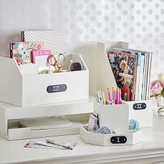 organized desk & craft space