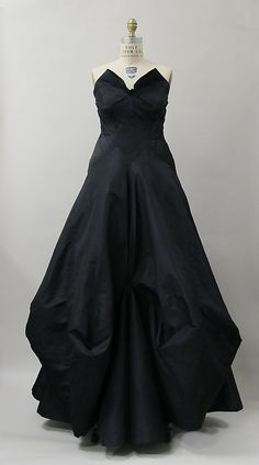 Evening dress, Charles James, 1938, American
