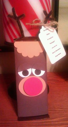 Christmas gift idea: chocolate bar wrapped up like rudolph
