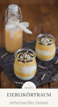 Eggnog room, a particularly simple and gelatin-proof recipe for a delicious dessert. It consists of a creamy cream with a delicious eggnog sauce. A dessert in a glass that is super easy and quick to p Desserts In A Glass, Köstliche Desserts, Dessert Recipes, Thermomix Desserts, Dessert Food, Dessert Simple, 5 Minute Meals, Cookies Et Biscuits, Christmas Desserts
