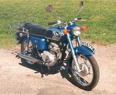 Mum's first bike (cd 175)