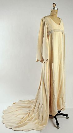 Wedding Dress    Bill Blass, 1968    The Metropolitan Museum of Art