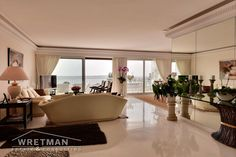 Apartment 120m² for sale in Cannes - France - List of properties for sale in Cannes - Live on Riviera