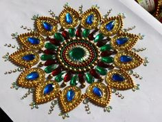 Kundan work Rangoli Ideas, Rangoli Designs, Acrylic Rangoli, Rakhi Making, Beaded Mirror, Tambour Embroidery, Crafts For Seniors, Indian Crafts, Antique Boxes