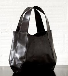 Jessica Leather Tote...The Tom Horn Collection