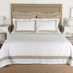 Purity Bicolore Linen Duvet Cover in White/Natural by Frette
