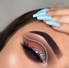 Gorgeous Makeup: Tips and Tricks With Eye Makeup and Eyeshadow – Makeup Design Ideas Makeup Eye Looks, Eye Makeup Art, Glam Makeup, Makeup Inspo, Eyeshadow Makeup, Makeup Ideas, Dark Makeup, Natural Makeup, Dramatic Makeup