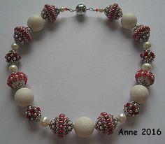 Collier mit Speed Beads, Goperle und Antoinette nach MArtina Schweighart