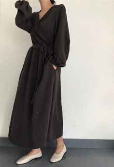 Items similar to Plaid check cotton wrap dress, Wrap dress jacket on Etsy Modest Dresses, Modest Clothing, Modest Outfits, Casual Dresses, Maxi Dresses, Dress Outfits, Muslim Fashion, Modest Fashion, Hijab Fashion