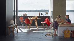Eames Plastic Chair DSW_Wire Chair DKR-2_Guéridon_Bird_web_inspiration