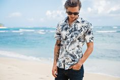 http://chicerman.com  supersonicart:  POW! WOW! x Roberta Oaks.  Continuing their collaborations on creating short sleeve button upsPOW! WOW! and Roberta Oaks just released two epically beautiful new Aloha shirts. Combining the classic Aloha shirt aesthetics with modern fashion each shirt is hand made in Hawaii using only found fabric on the island.  These incredible shirts are very limited editions so be sure and act fast by checking out POW! WOW!s Online Store.  #streetstyleformen