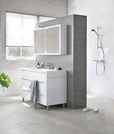 Heb je een ruime badkamer? Deel deze dan handig en modern in met een badkamerzuil. Betegel hem naar smaak. Een trendy badkamerzuil maak je zelf met KARWEI.