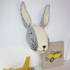 trophée lapin crocheté à la main de Made by Sissinou sur DaWanda.com