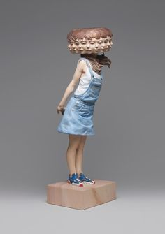 sculpture by Yoshitoshi Kanemaki