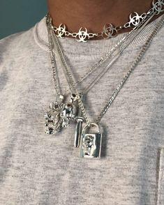 Sapphire Stud Earrings - Baguette Cut Genuine Sapphire Stud Earrings in Gold set in Prongs - Simple Dainty Sapphire Stud Earrings - Fine Jewelry Ideas Cute Jewelry, Silver Jewelry, Jewelry Accessories, Jewelry Necklaces, Women Jewelry, Fashion Jewelry, Beaded Bracelets, Jewlery, Silver Ring