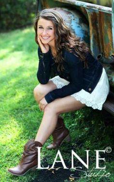 Senior picture idea! love the boots!