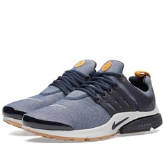 The Nike Air Presto is another silhouette to undergo a makeover for their  'Denim' pack. Mesh is substituted for denim in a reworking that furthers the  jean ...