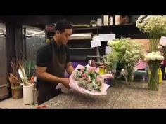 How to create a Mixed Roses Bouquet - YouTube